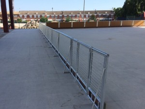 construcción de valla de hockey